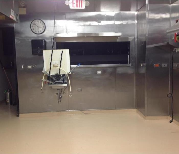 Clean stainless steel walls